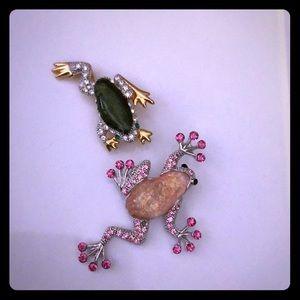 Cute frog pins